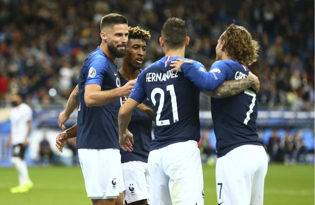 GIF:科曼转身推射破门梅开二度,法国扩大比分