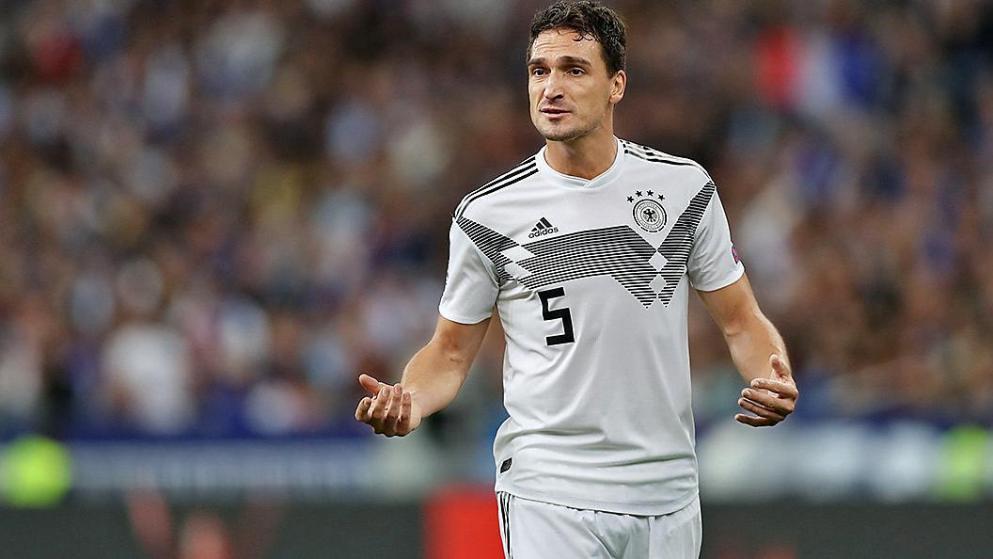图片报评论:别再骗本身了,德国队必要胡梅尔斯!
