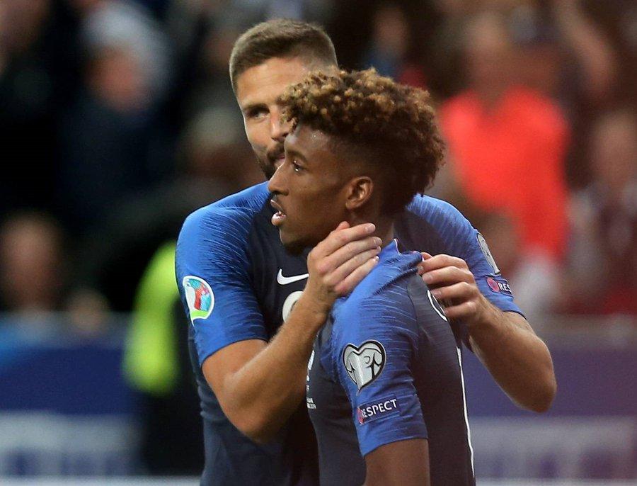 GIF:瓦拉内助攻科曼推射破门,法国队首开纪录