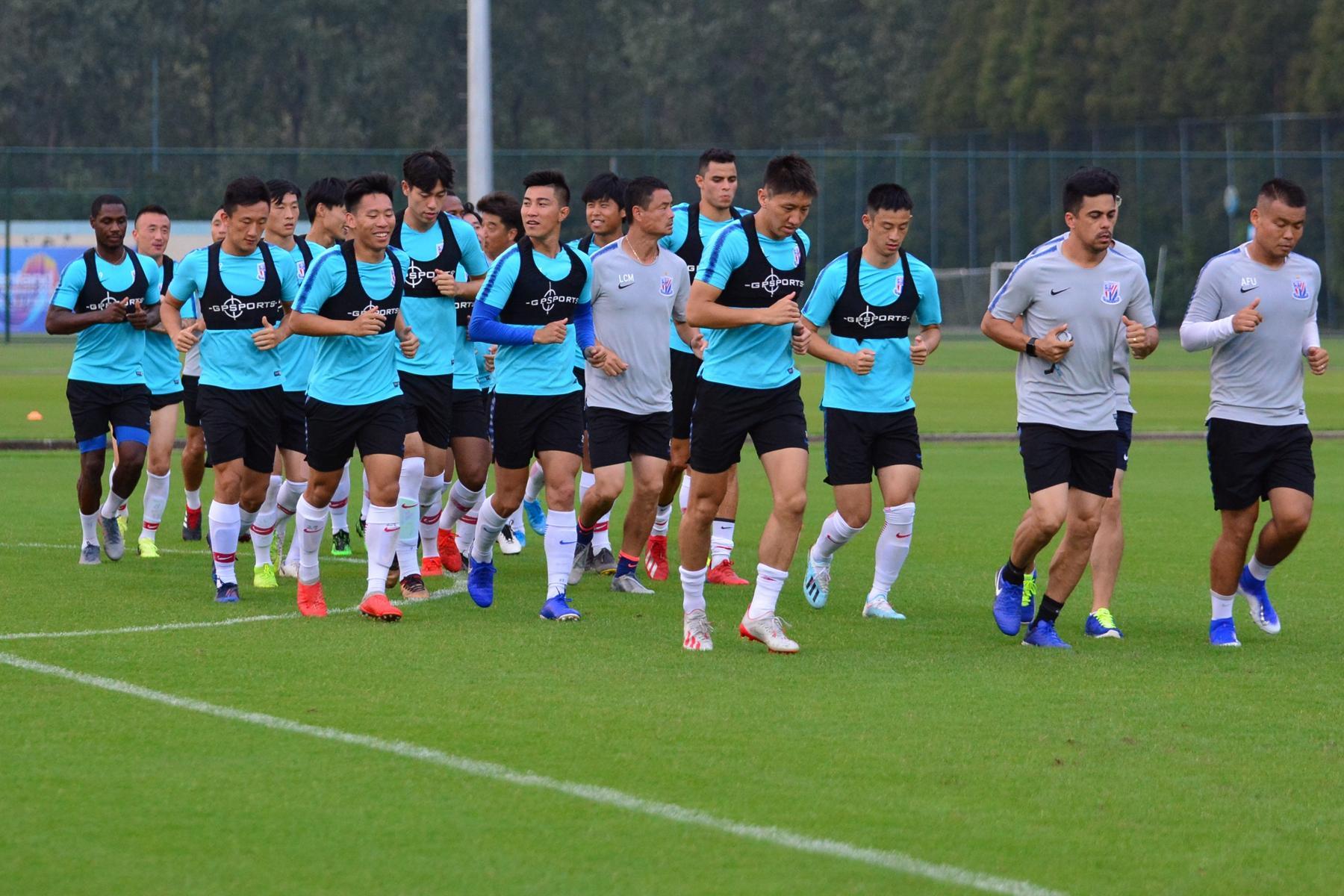 新闻晨报:伊哈洛参加申花合练,刘若钒赴京验伤