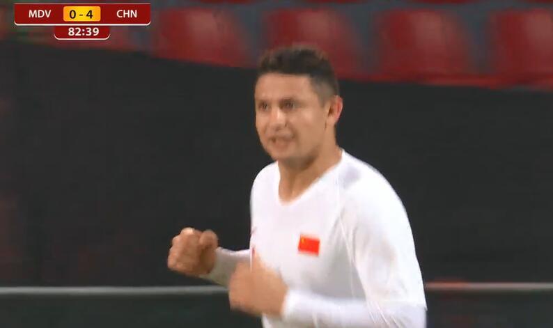 GIF:艾克森国足生涯首球!国足4-0马尔代夫