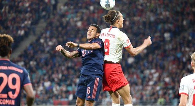莱万闪电破门卢卡斯送点福斯贝里点射,拜仁1-1莱比锡