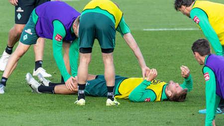 迷之伤病?踢球者:不莱梅前锋重伤,伤员已多达11人