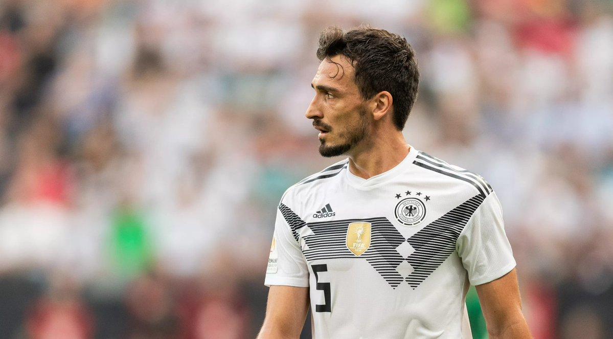 踢球者:球迷呼声虽高,但勒夫不会把胡梅尔斯召回德国队
