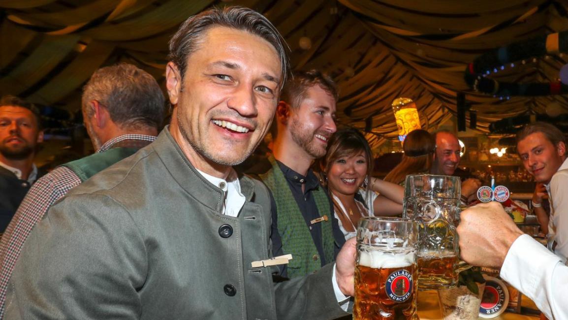 科瓦奇萨利造访啤酒节,多多拜仁名宿现身