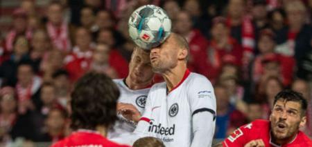 德甲:A席与多斯特建功,法兰克福2-1客胜柏林联合