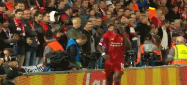 GIF:菲尔米诺马内撞墙马内破门,利物浦领先萨尔茨堡