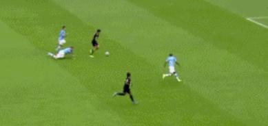 GIF:狼队快速反击,希门尼斯助攻特拉奥雷破门
