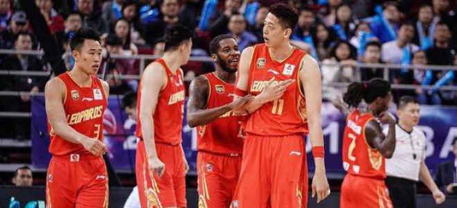 中国男子篮球挑战赛,深圳队险胜广厦队