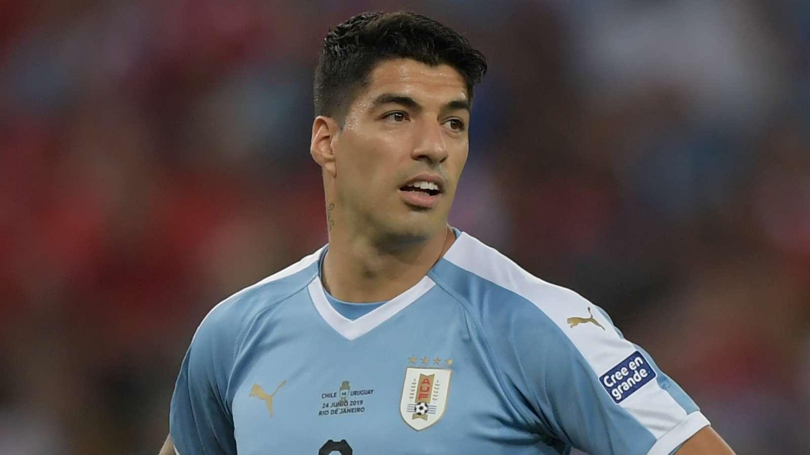 塔瓦雷斯:苏亚雷斯是乌拉圭传奇,他没有退出国家队