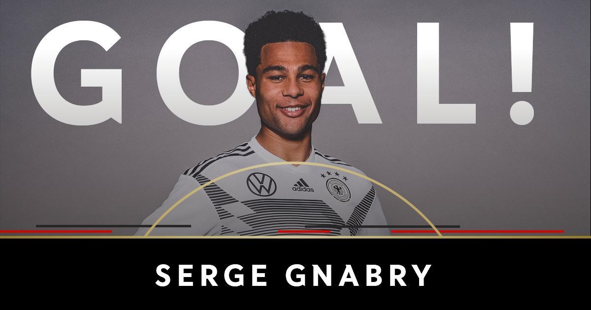 GIF:格纳布里巧射破门!德国1-0领先阿根廷