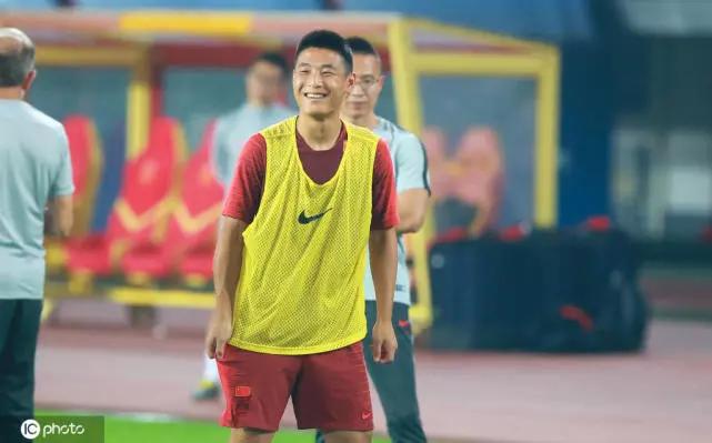 沪媒:国足应该科学合理使用武磊,未必首发或踢满全场