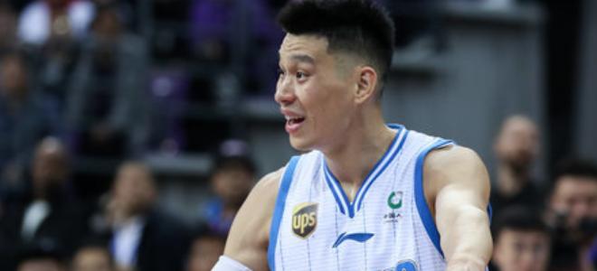 林书豪夸奖弟弟:他很会打篮球,但就是太瘦了