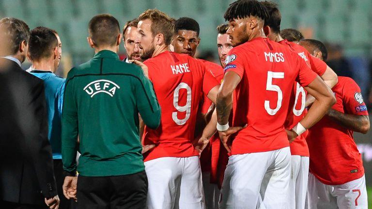 保加利亚警方逮捕4名与种族歧视英格兰球员有关的人士