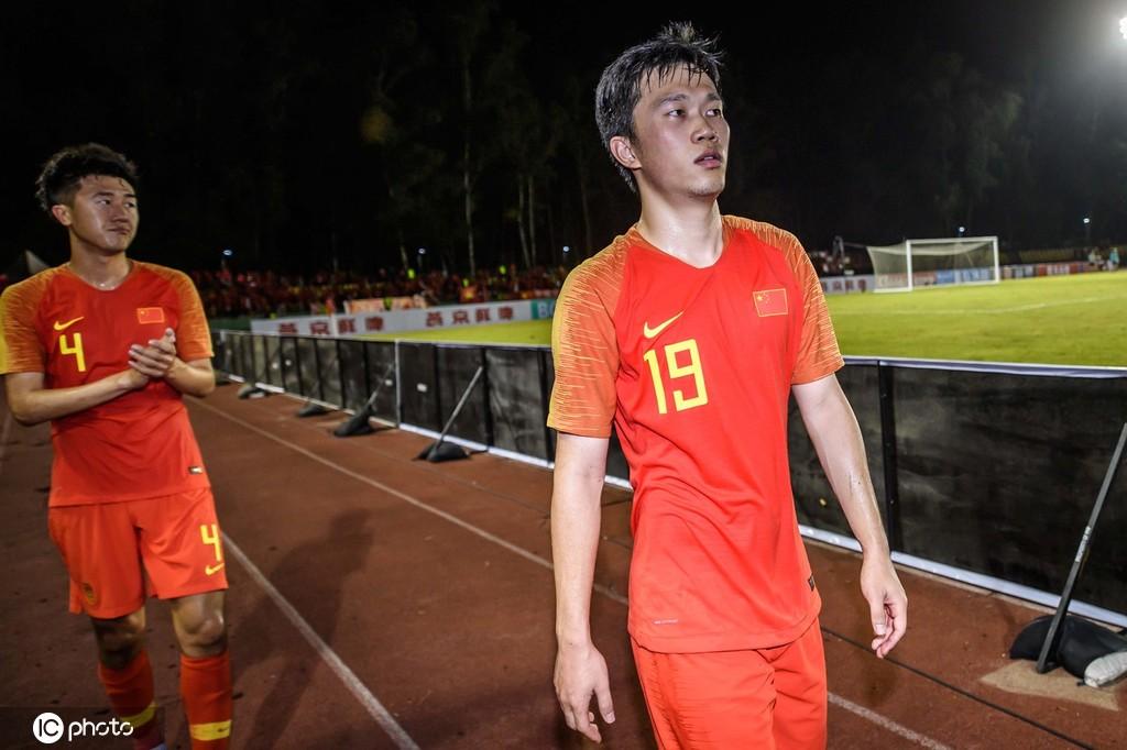 苏宁国脚返回南京,谢鹏飞:回主场赢菲律宾问题不大