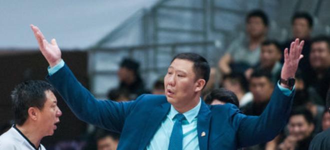 王晗:新赛季未设具体目标,开赛前强化球员心态问题