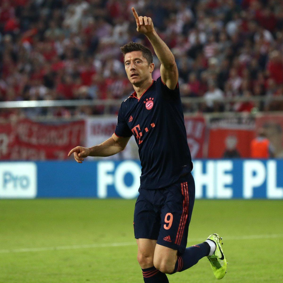 上班打卡!莱万连续本赛季每场拜仁竞赛均有进球的记实