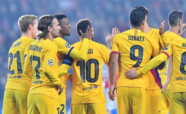 欧冠:梅西破门苏亚雷斯造乌龙,巴萨客场2-1斯拉维亚