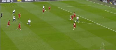 GIF:梦幻开局,热刺中路断球,凯恩补射破门1-0