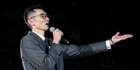 """刘炜发表退役感言:感谢一声声""""模子"""",让我们""""鲨""""回巅峰"""