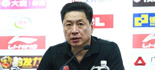 李春江:球队阵容改变后尚需时间磨合,犯错也属正常