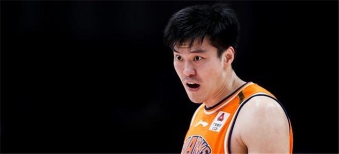 董瀚麟得分、篮板双双刷新上海生涯新高