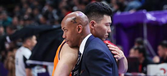 风格与北京男篮相似?马布里:我们不一样