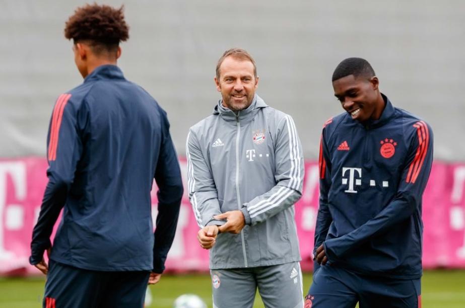 德媒:拜仁两名二队小将不会出战欧冠,帕瓦尔将踢右后卫