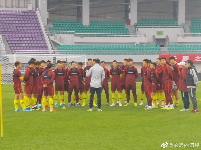 记者:杨立瑜,张玉宁,段刘愚脱离国奥返回俱笑部备战