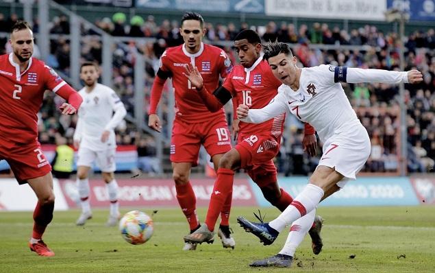 欧预赛:C罗费尔南德斯破门,葡萄牙2-0卢森堡出线
