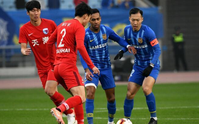 半场:吴曦破门李昂失良机,苏宁1-0天海