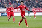日本小将中村敬斗进球,贾府荷甲1月来第一次落后2球
