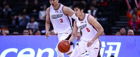 不负众望!杨林祎赛季首次首发半场砍下11分创赛季新高