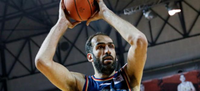 哈达迪CBA生涯篮板球总数超甘尼斯,升至历史第11位