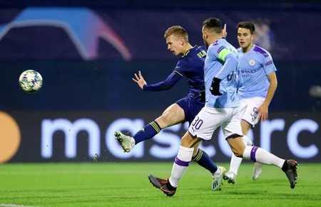 GIF:奥尔莫破门,萨格勒布迪纳摩1-0领先