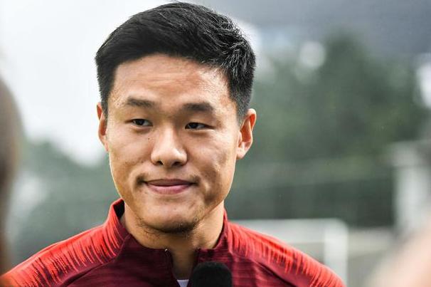 记者:李昂因伤将缺席与韩国队的比赛