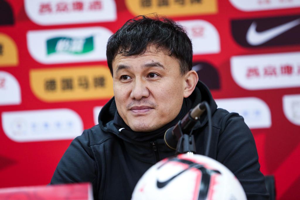 郝伟:这场胜利与教练组毫无关系,都是媒体鼓励的结果