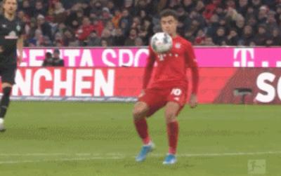 GIF:此球只应天上有!库鸟超级吊射破门