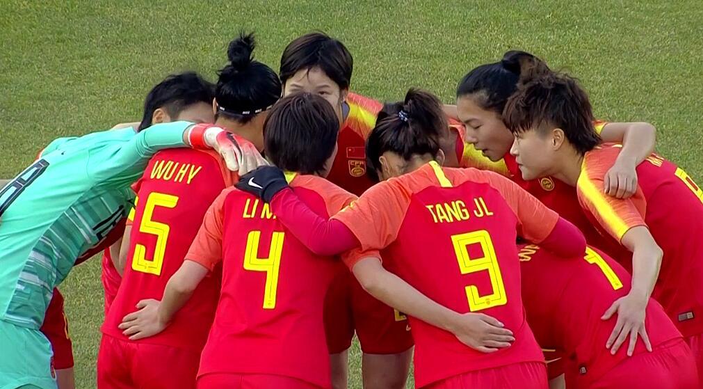 半场:吴海燕暴力头槌破门,中国女足1-0中国台北女足