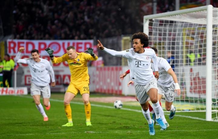 绝杀!拜仁小将齐尔克泽成为德甲进球最年轻的荷兰球员