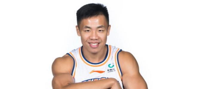 上海官方:唐子豪租借至NBL湖南勇胜,待赛季结束后归队