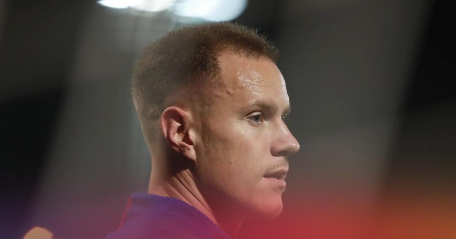 官方:阿图尔伤缺3周,特狮右膝受伤可能错过加泰德比