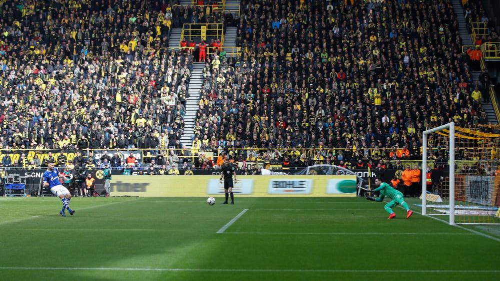 德甲10年进点失点排名:亨特拉尔罚丢最多,莱万罚进第二