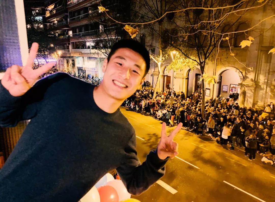 武磊周记:吃葡萄给我带来好运,感谢熬夜陪伴我们的球迷
