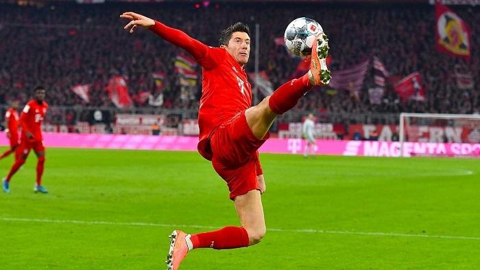 莱万:新年里希望身体健康,欧冠跟随拜仁夺冠