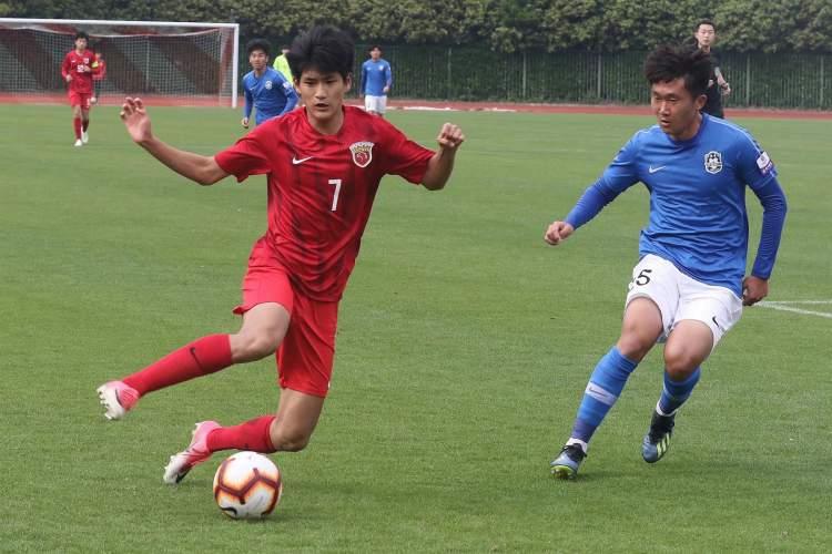 朱艺:国青小将刘祝润新赛季将进入上港一线队征战中超