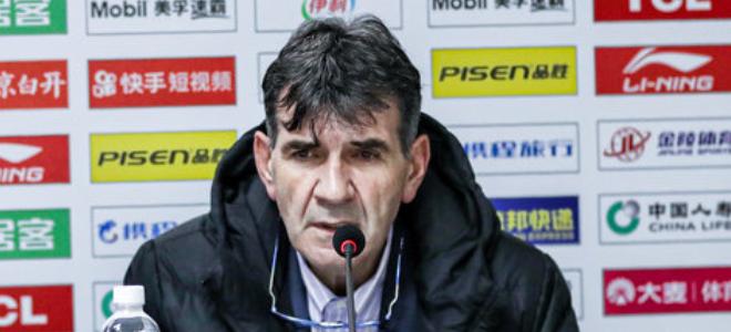 贝西洛维奇不满球队表现:我们打的太软,不像男篮像女篮