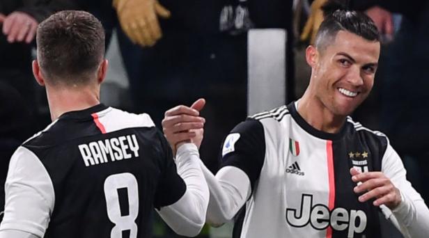 C罗梅开二度科内柳斯破门桑德罗伤退,尤文2-1帕尔马
