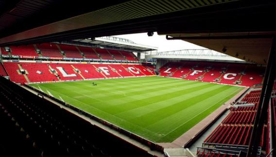 双红会上球员对裁判逆答过激,曼联受到英足总控告