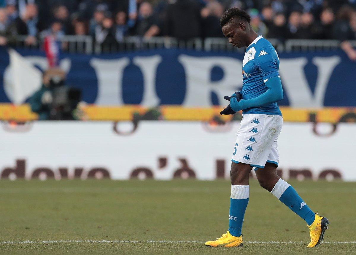 官方:巴洛特利因红牌被停赛2场,罚款10000欧